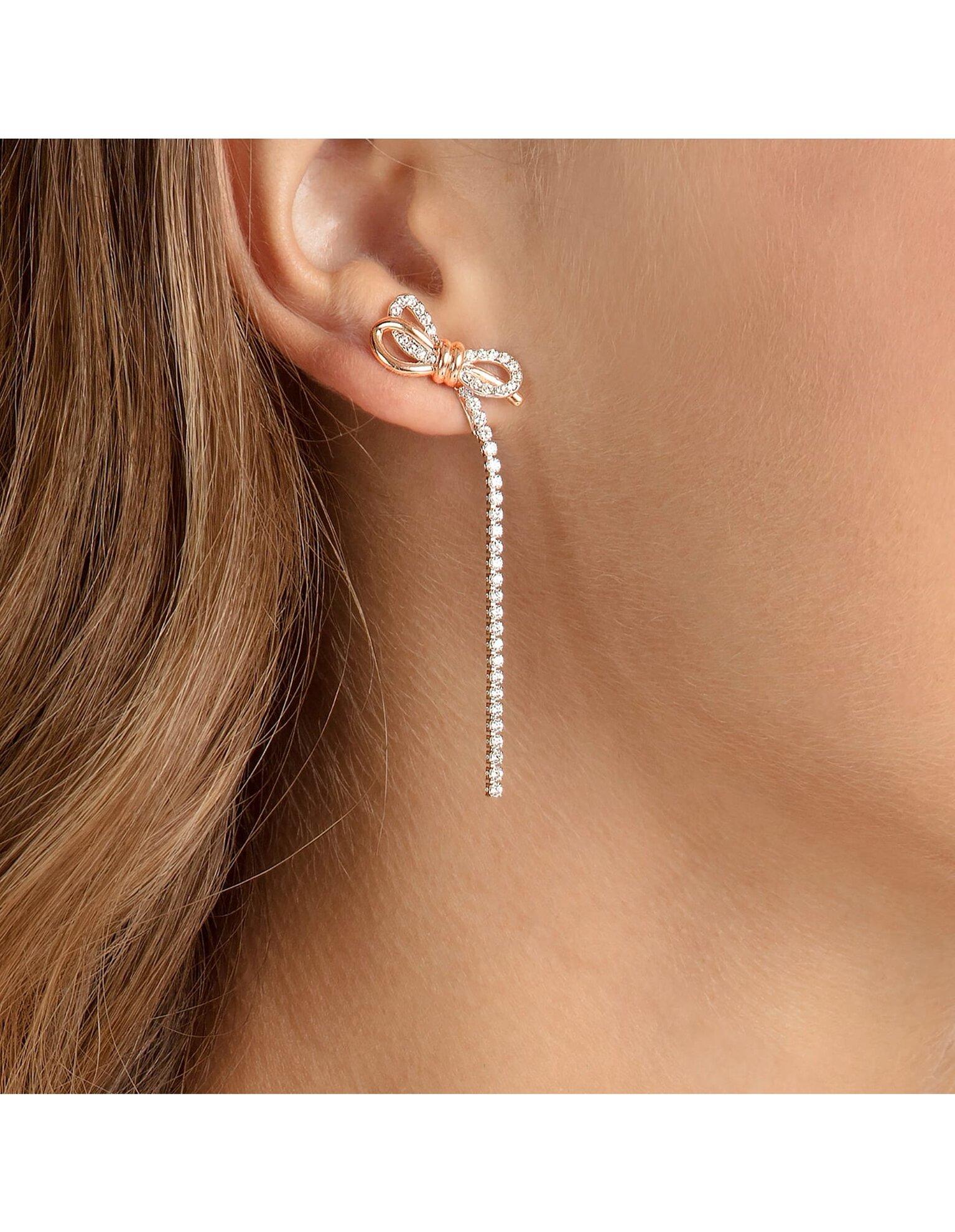 Picture of Lifelong Bow İğneli Küpeler, Beyaz, Karışık metal